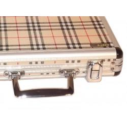 Utazó humidor, párásítóval és ajándék szivarvágóval - skót kockás, Brebbia