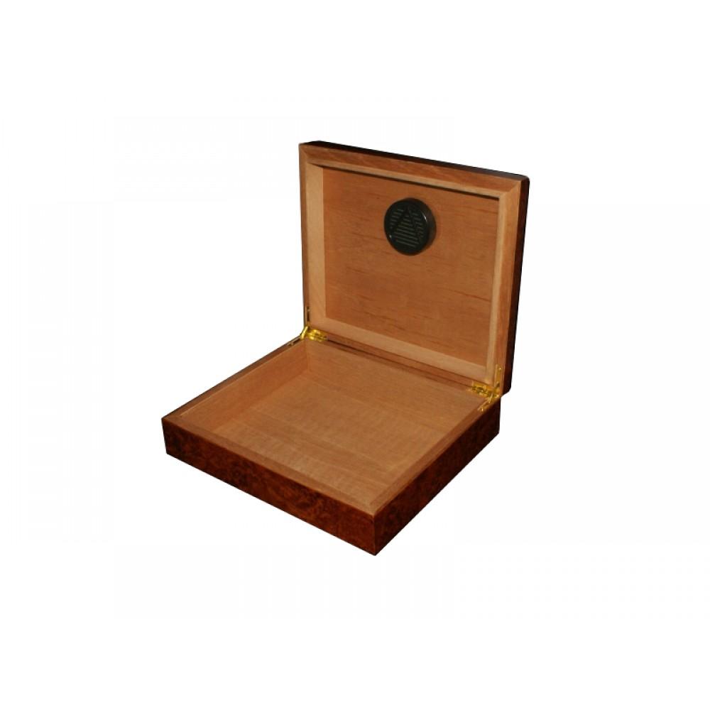 Humidor 30 szál szivar részére, barna színű, cédrusfa szivar tároló doboz