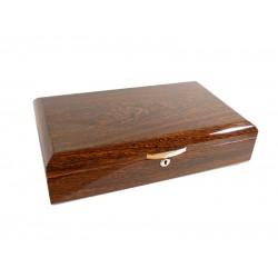 Humidor 60 szál szivar részére, cédrusfa szivar tároló doboz, párásítóval, hygrométerrel - ívelt