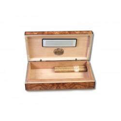 Humidor Apró utazó - cédrusfa szivartartó doboz, párásítóval és külső hygrométerrel, dió (19x11cm)