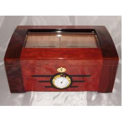Humidor 80 szál szivar részére, mogyoró színű szivar tároló doboz, kulccsal zárható, cédrusfa